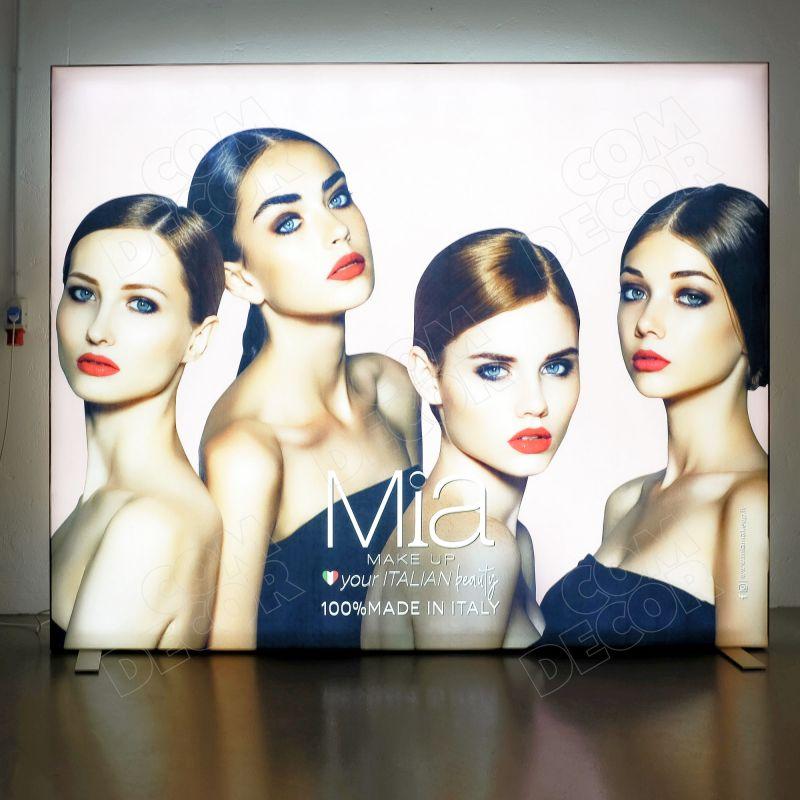 Lightbox - illuminated advertising with fabric
